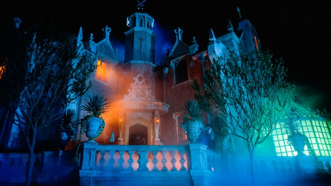 haunted-mansion-00
