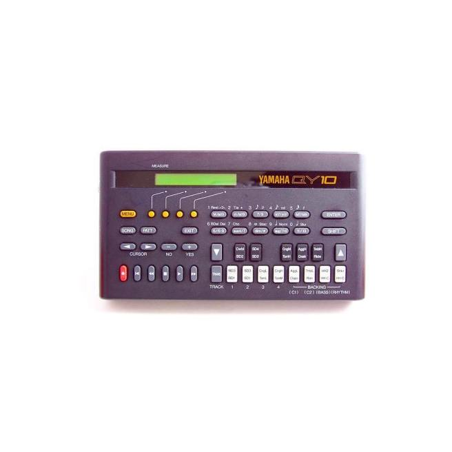 Yamaha_QY10_Mini_Music_Workstation