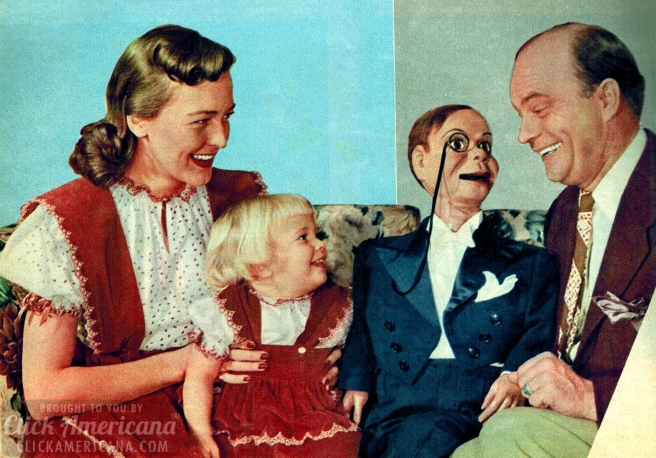 Edgar-Bergen-and-Charlie-McCarthy-with-young-Candice-Bergen