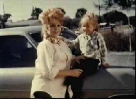 TLL-&Mom